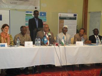2014 AU-IBAR. His Excellency, Abdihakim Abdullahi Haji Omar Camay, the Acting President of the Puntland State of Somalia (Centre) officially launching the RAHS project accompanied by (seated L-R), Ms. Daria Fane, the Head of Cooperation of the EU Delegation to Somalia, Hon. Prof. Salim Alio Ibro, the Minister of Livestock, Forestry and Range of the Somali Federal Republic, Hon. Abullahi Duuale, the Puntland Minister of Livestock and Animal Husbandry, Hon. Abdi Ismail Boss, the Puntland Minister of Agricult